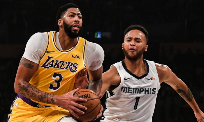 Anthony Davis en acción con los Lakers esta temporada.