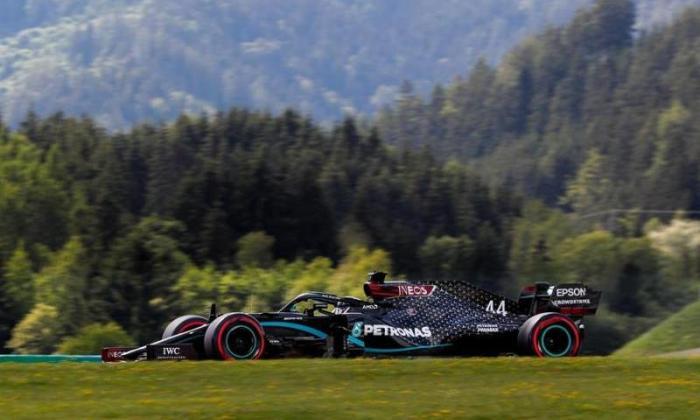 Lewis Hamilton gana la 'pole' en GP de Estiria