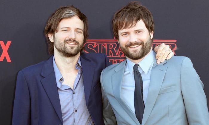 Los hermanos Matt y Ross Duffer.