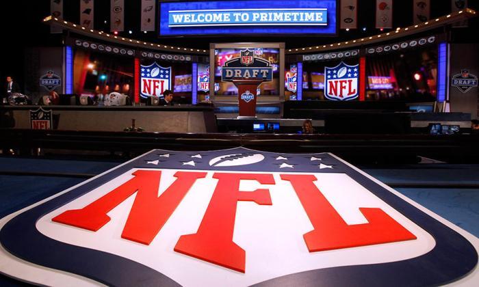 NFL ofrece cancelar pretemporada y hacer pruebas diarias de COVID-19