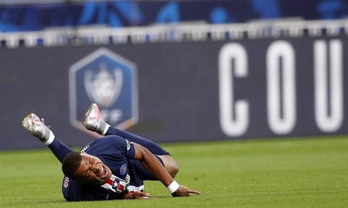 Mbappe, lesionado en la final de la Copa de Francia