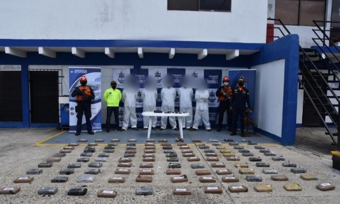 En video | Caen 108,8 kilos de coca en embarcación  cerca de Cartagena