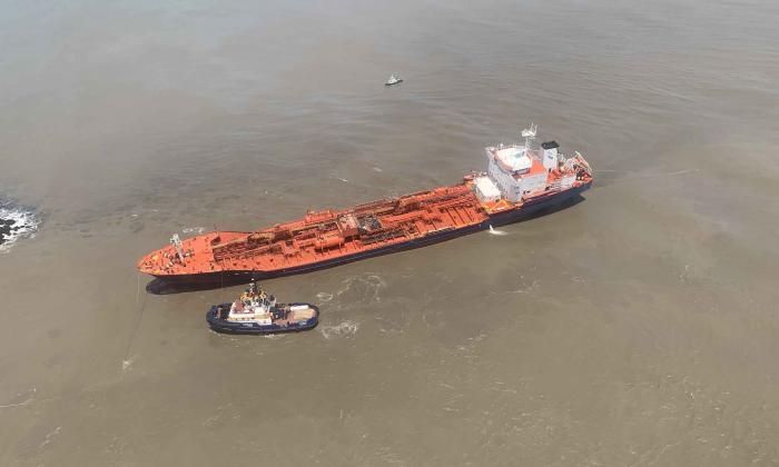 En video | Exitosa operación de rescate a buque en Bocas de Ceniza