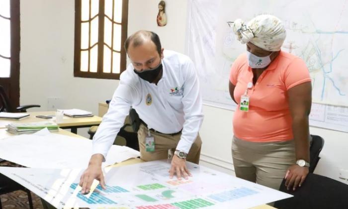 Alcaldía y Corvivienda impulsan planes de vivienda en Cartagena