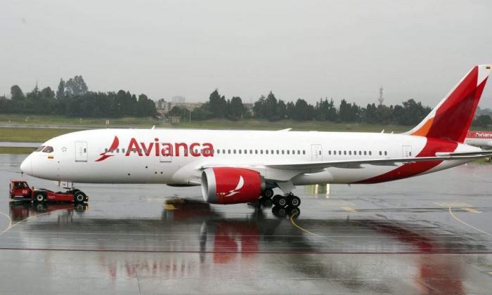 Gobierno anuncia millonario crédito para Avianca