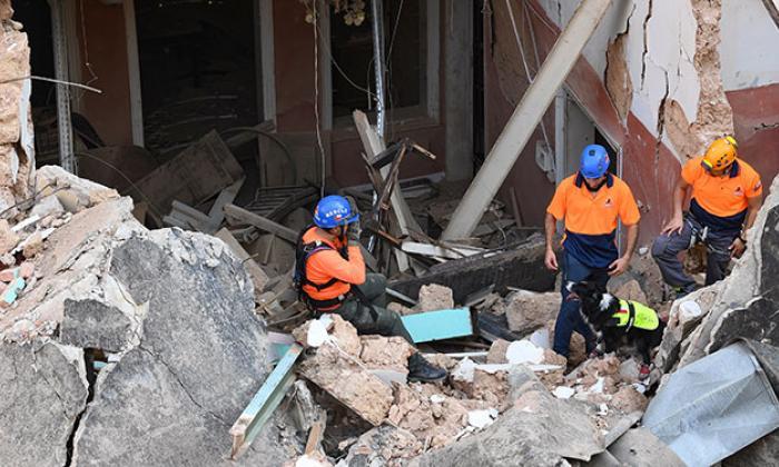 Tras un mes explosión en Beirut, hallan posible signo de vida bajo escombros