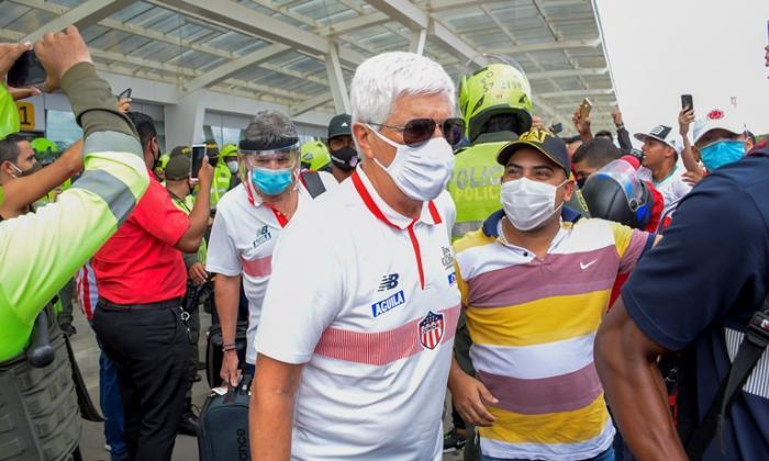 Julio Avelino Comesaña tras regresar a Barranquilla procedente de Cali, donde Junior conquistó la Superliga.