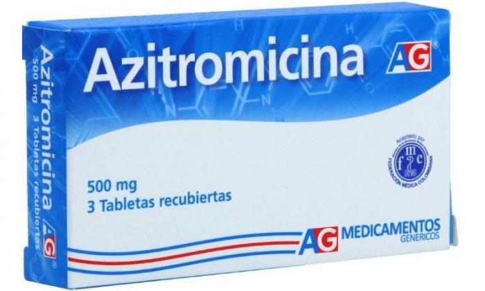 La azitromicina no se encuentra de manera natural en las plantas
