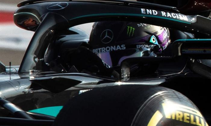 Lewis Hamilton logra una 'pole' agridulce