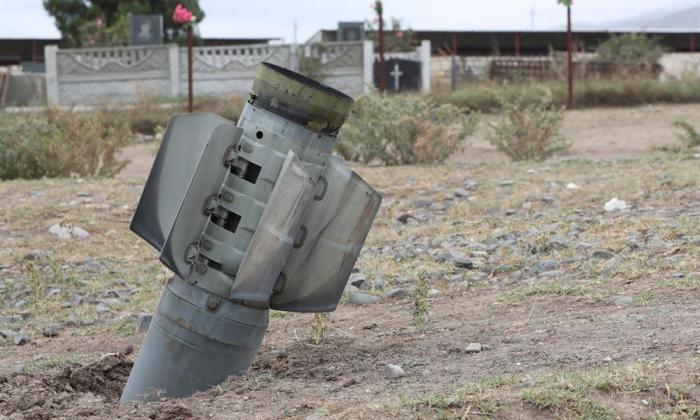 La capital del Karabaj, bajo fuego de la artillería de Azerbaiyán