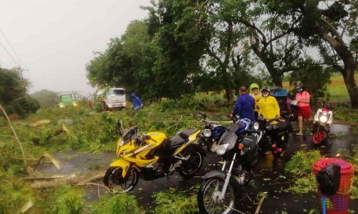 Lluvias y vientos fuertes causan emergencias en Sucre