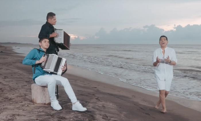 El video de la nueva versión de 'Sombra perdida' se rodó a las afueras de Barranquilla.