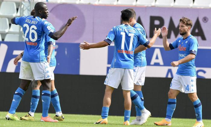 Derrota por 3-0 y un punto de penalización al Napoli por no jugar ante 'Juve'