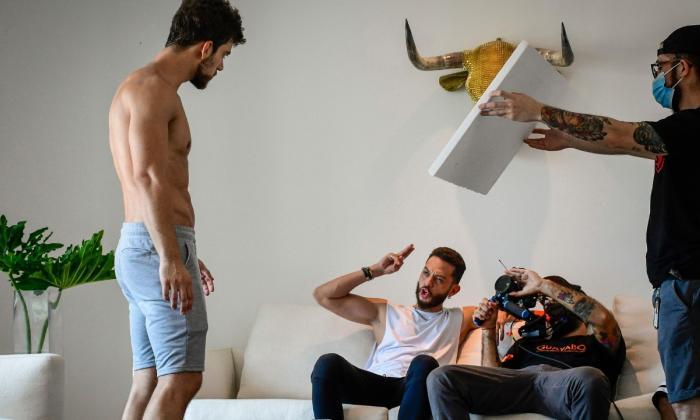 Lenard Vanderaa y Braian Aburaad durante el rodaje en Barranquilla.