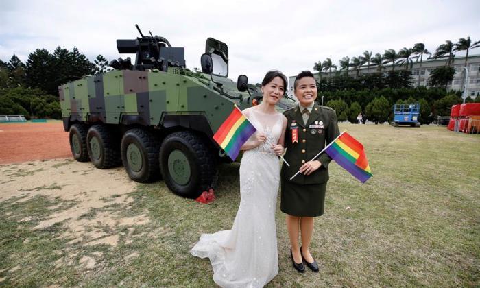 """Un """"sí, quiero"""" histórico: primera boda homosexual en el Ejército de Taiwán"""