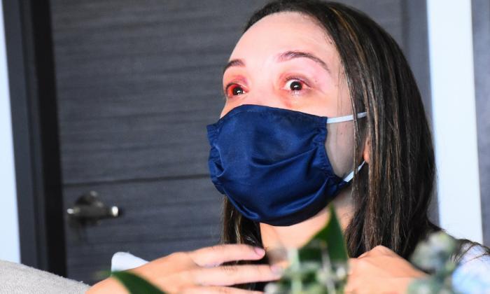 Los ojos de Kelly quedaron llenos de sangre por la presión que se hizo sobre su cuello.