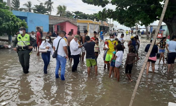 Mar de leva causa daños en Santa Marta y Rodadero