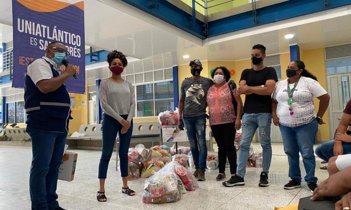 Uniatlántico llegó casa a casa de estudiantes en San Andrés