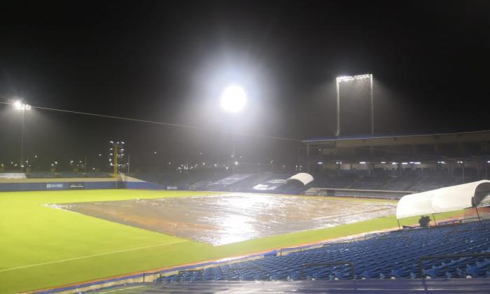 La lluvia dejó 'fuera de circulación' la jornada beisbolera del martes