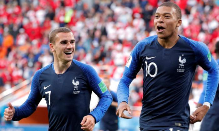 """El Gobierno francés ataca la """"dignidad selectiva"""" de Griezmann y Mbappé"""