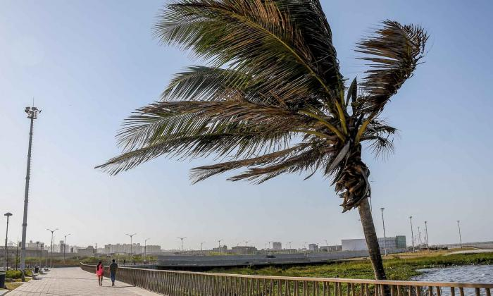 Declaran alerta naranja por fuertes vientos en el Caribe