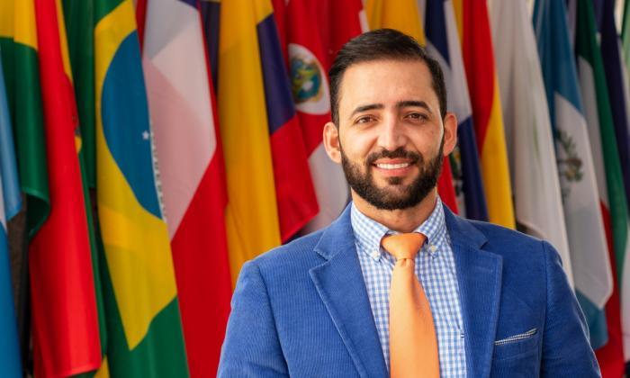 Sabanalarga tiene al primer colombiano que dirige la OEI