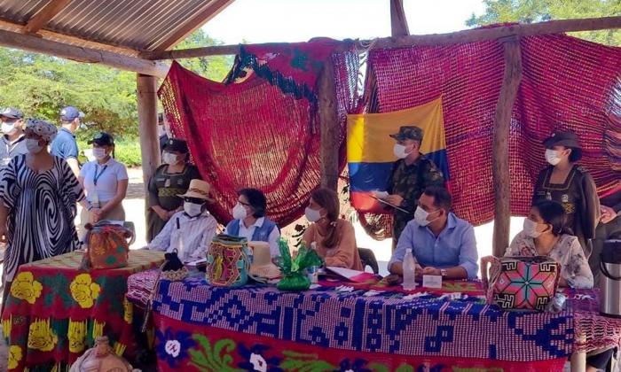 Tiendas comunitarias en población indígenas para que no salgan de su entorno