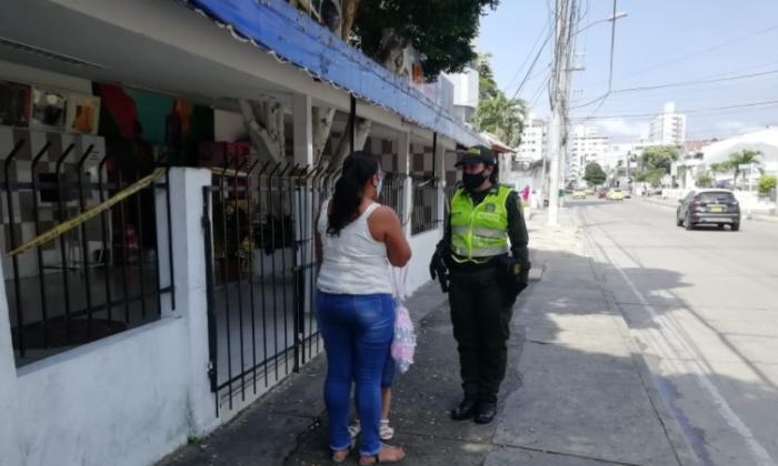 La Policía de Cartagena apoya en jornadas pedagógicas sobre el Covid-19.