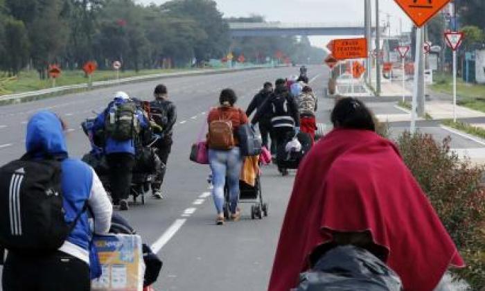 Cerca de 200 migrantes venezolanos ingresan a diario de manera irregular