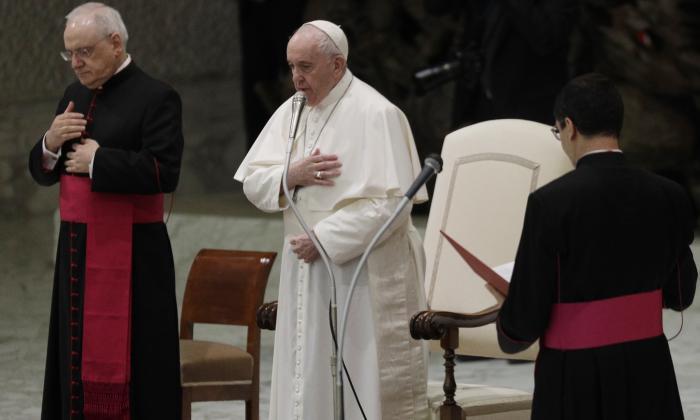 El papa retira la gestión de fondos a la Secretaría de Estado vaticano