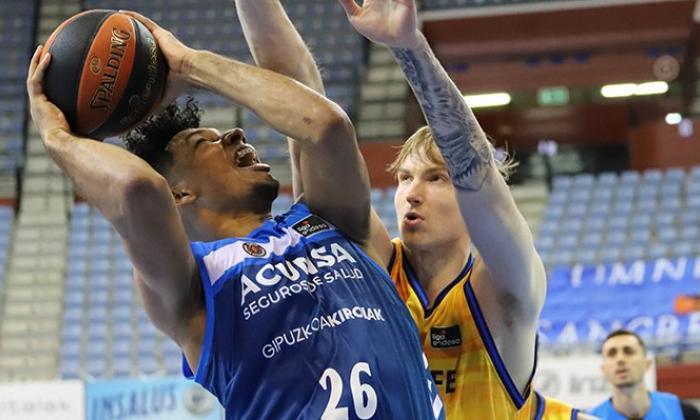 Jaime Echenique, centro barranquillero, sigue demostrando un alto nivel en la Liga de Baloncesto de España.