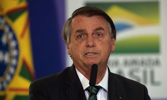 """Twitter alerta sobre """"información engañosa"""" en publicación de Bolsonaro"""