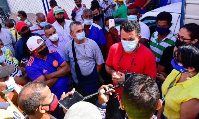 Aplazan reubicación de vendedores en el 'Callejón de Frutas y Verduras'