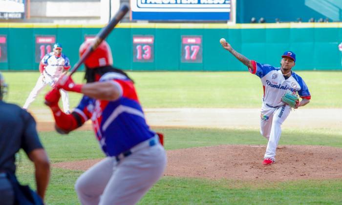 República Dominicana se luce ante Puerto Rico en la Serie del Caribe