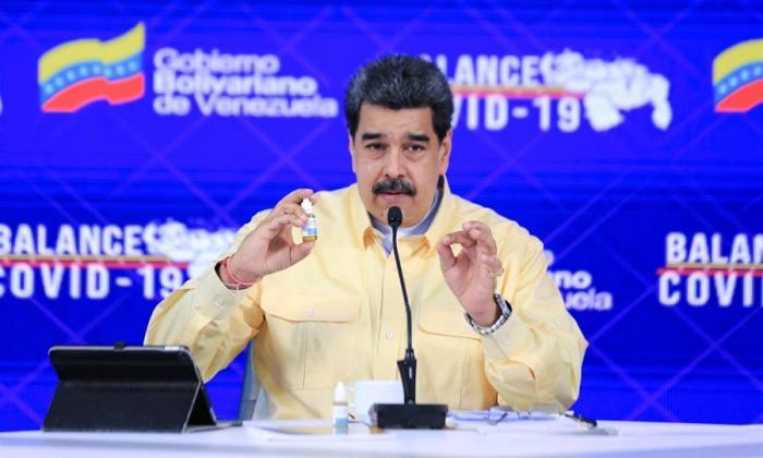 """Maduro acusa a Zuckerberg de """"abusador"""" por """"censura"""" a gotas """"milagrosas"""""""
