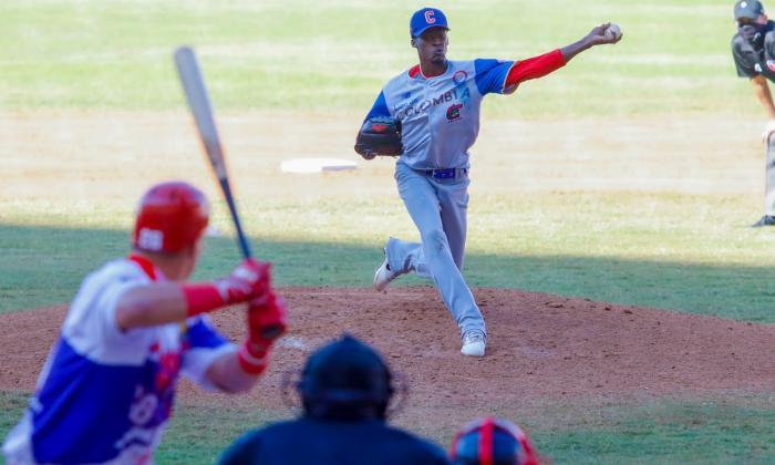 Réiver Sanmartín tuvo una destacada apertura ante Puerto Rico.