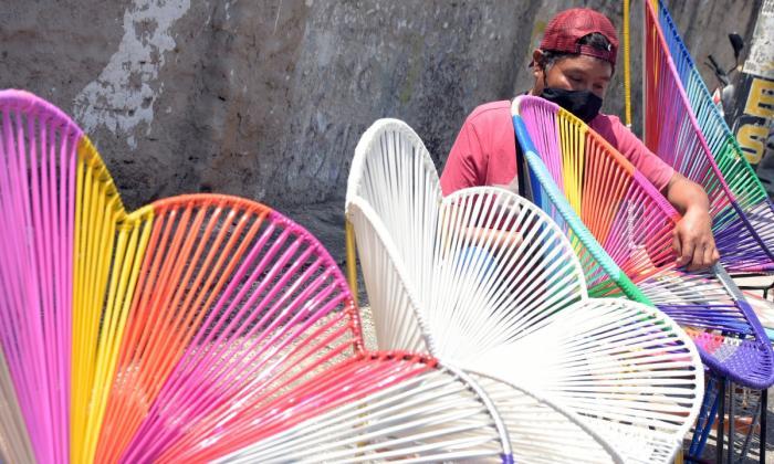 Mecedoras: el vaivén que inspira a los artesanos y comerciantes