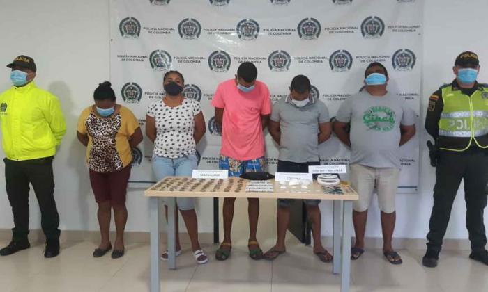 Policía captura a cinco personas por microtráfico en Fonseca