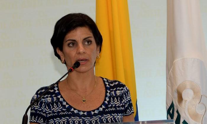 """Alcalde de Cartagena declara """"persona no grata"""" a la gerente de la Andi"""