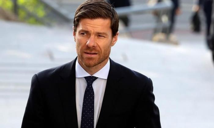 Xabi Alonso renueva hasta 2022 con el filial de la Real Sociedad