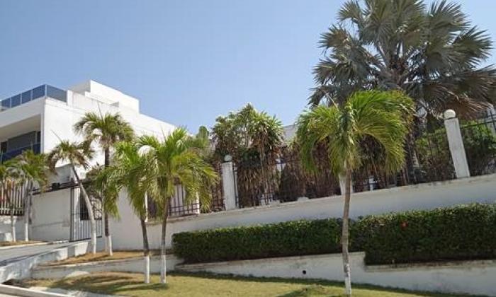 Detectan conexión ilegal en lujosa vivienda en Villa Campestre