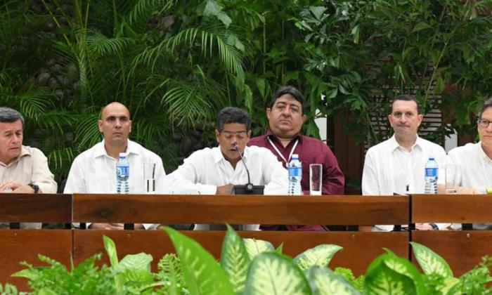 Colombia suspendería extradición de jefes de Eln en Cuba si se negocia la paz