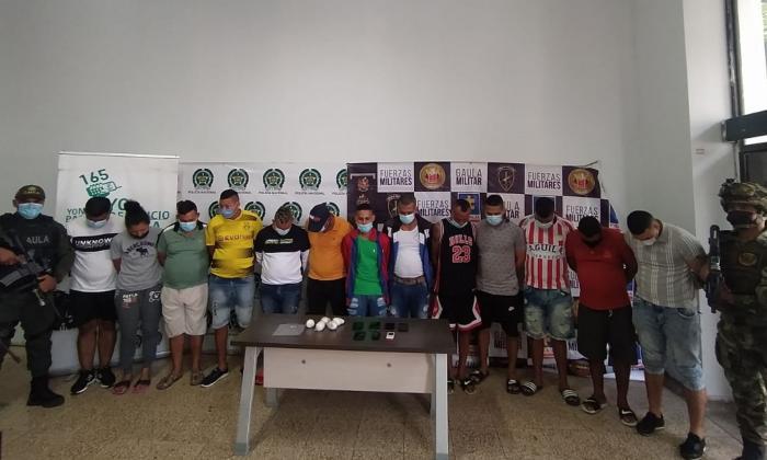 Policía captura a 17 presuntos integrantes de 'los Costeños'
