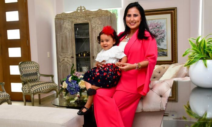 Una ejecutiva en su rol de madre