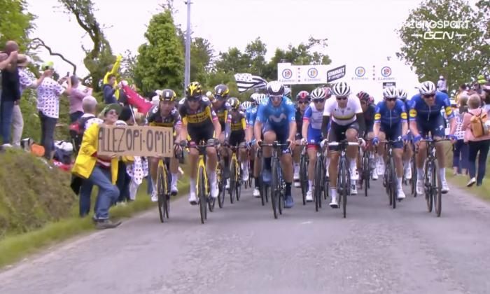 La espectadora que provocó una fuerte caída en la primera etapa del Tour fue detenida