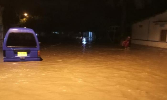 En Guacamayal se desbordó el río Sevilla y afectó a 2.100 familias