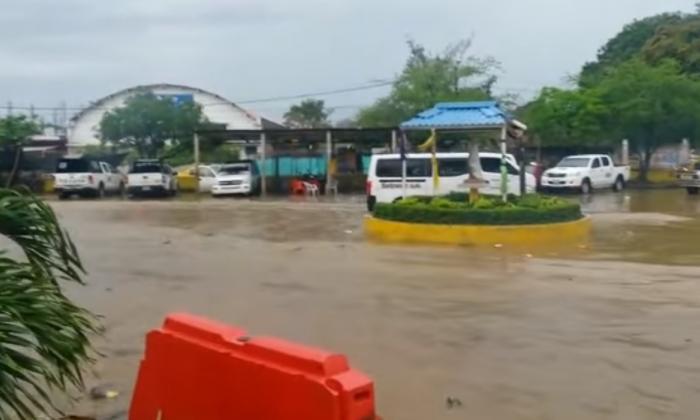 Lluvias causan estragos en el casco urbano de Montelíbano