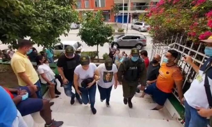 Bajo 'falso servicio' secuestraron a tres trabajadores de la salud