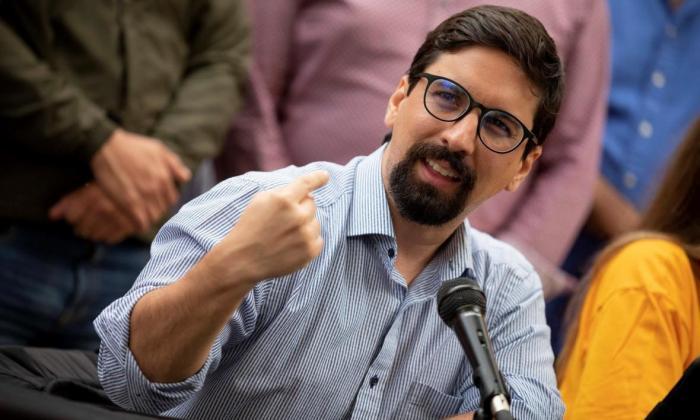Liberan a un exdiputado opositor venezolano Freddy Guevara