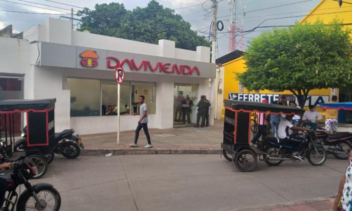 Roban en una entidad bancaria en Villanueva, La Guajira